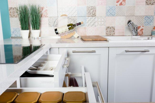 köögikapp, sahtel